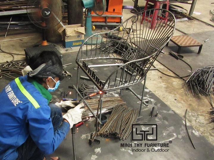 Video hoàn thiện ghế sắt cafe sân vườn MT419 tại xưởng Nội Thất Minh Thy